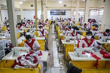 کارگاه دوزندگی در زندان بزرگ تهران