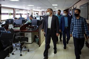 بازدید علی نیکزاد نائب رئیس مجلس از تحریریه های خبرگزاری فارس