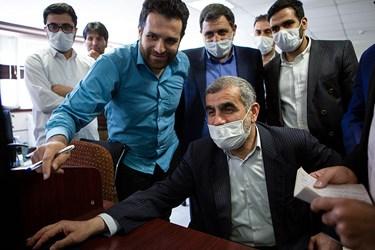 انتشار خبر بازدید علی نیکزاد نائب رئیس مجلس توسط وی در تحریریه خبرگزاری فارس