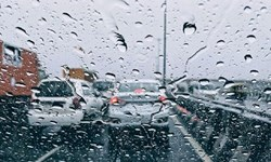 بارش باران در گیلان/ ترافیک نیمه سنگین در ورودی تهران