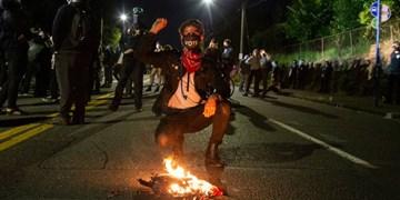تظاهرات سراسری در آمریکا دو ماه بعد از قتل جورج فلوید ادامه دارد