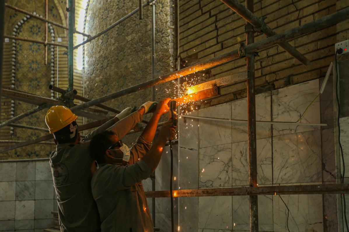 13990428000608 Test NewPhotoFree - بازسازی ورودیهای حرم حضرت عباس (ع) آغاز شد+عکس