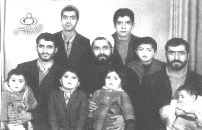13990428000628 Test NewPhotoFree - دیدار با معلم خصوصی فرزندان شیخ «احمد کافی»/ خانه شیخ، کمیته امداد قبل از انقلاب بود