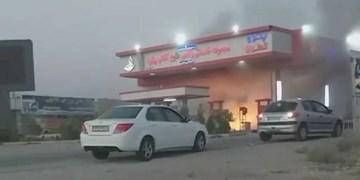 آتشسوزی موتور سیکلت علت حریق در پمپ بنزین پیشوا
