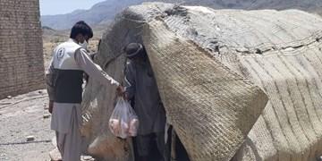 توزیع 2500 کیلو مرغ میان نیارمندان توسط گروه جهادی راهیان شهادت