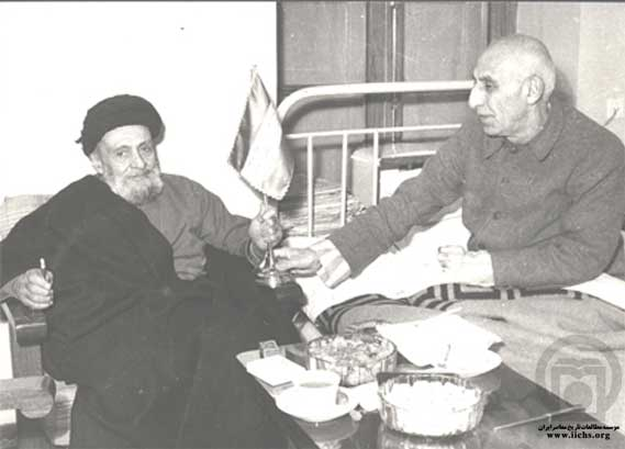 13990430000497 Test NewPhotoFree - خودکشی سیاسی رجل خاکستری پهلوی در قیام ۳۰ تیر