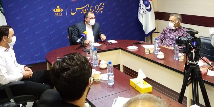 فارسمن | نائبرئیس کمیسیون بهداشت در خبرگزاری فارس پاسخگوی مطالبات کارکنان حوزه درمان بود