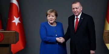 گفتوگوی تلفنی مرکل و اردوغان درباره لیبی و سوریه