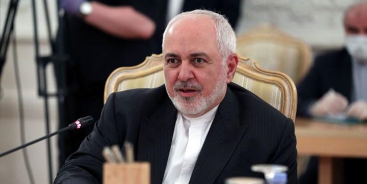 ظریف: آمریکا نا امیدانه بهدنبال جلب حمایت از تمدید تحریم تسلیحاتی ایران است