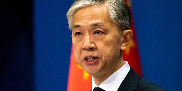 پکن:  انگلیس از توهمات استعماری نفوذ در هنگکنگ دست بردارد