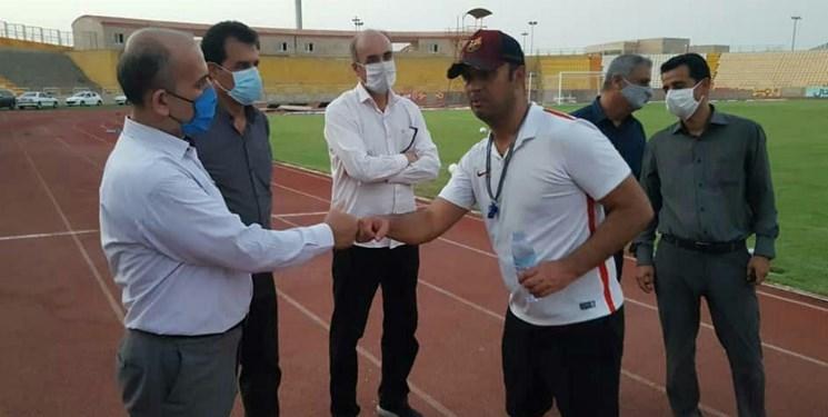 بازدید مدیرکل ورزش و جوانان استان بوشهر از تمرین تیم شاهین شهرداری
