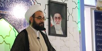 ملت ایران مرعوب قدرت ظاهری دشمن نمیشود