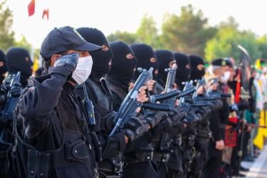 ادای احترام نیروهای نوپو به سرود جمهوری اسلامی ایران