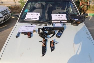 ادوات کشف شده از سارقان مسلح