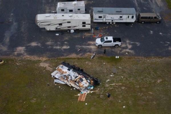 "13990506000180 Test PhotoL - توفان هانا سبب تخریب بخشی از دیوار ""ترامپ"" شد+عکس"