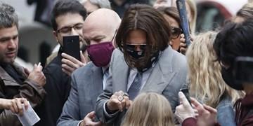 دادگاهی که به ضرر جانی دپ پیش میرود/ وکیل «سان»: او یک معتاد نا امید است!