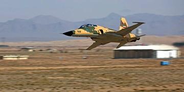 وزیر دفاع: به دنبال ارتقاء فناوری جنگندههای خود هستیم