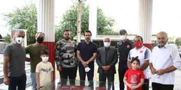 گل محمدی و پیروانی به کپورچال رفتند/دیدار سرمربی و مدیر پرسپولیس با خانواده هادی نوروزی
