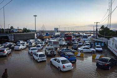 ترافیک سنگین و بسته شدن راه در مسیر برگشت به سمت تهران