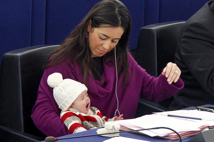 13990512000080 Test NewPhotoFree - وقتی مادران قانونگذار میشوند