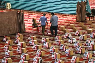 آغاز گام دوم طرح کمک مؤمنانه با توزیع 20 هزار بسته در خوزستان