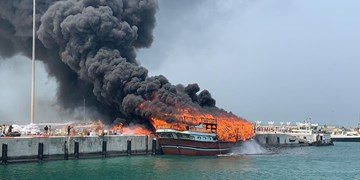 فیلم  آتشسوزی در لنج باری جزیره قشم