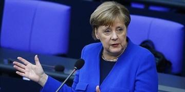 آنگلا مرکل مخالف خروج نیروهای آمریکا از آلمان است