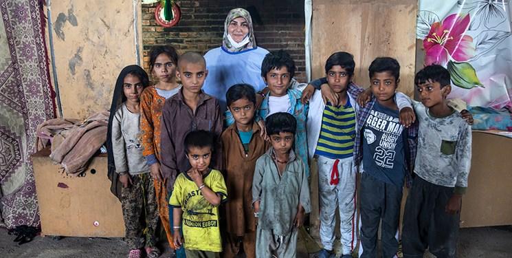 کمک بهداشتی به زاغهنشینان پاکستانی