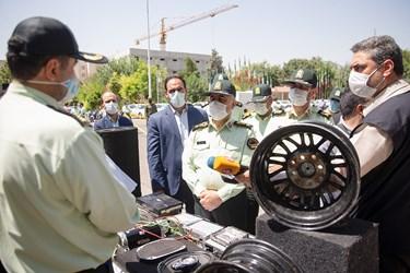 بازدید سردار رحیمی رئیس پلیس پایتخت از کشفیات سومین مرحله طرح کاشف