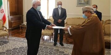 سفیر جدید عمان رونوشت استوارنامه خود را تسلیم ظریف کرد