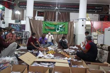 عکس | شب اول  مراسمات  عید  غدیر بسته  بندی  پذیرایی