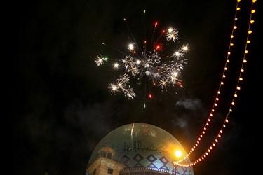 نورافشانی به مناسبت عید غدیر، مقابل حسینیه ارشاد تهران