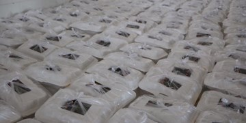 کمک مومنانه؛ طبخ و توزیع 8000 غذا در بین نیازمندان توسط موکب خاتمالانبیاء رفسنجان