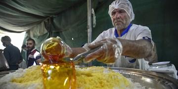 کمک مؤمنانه| طبخ ۱۶ هزار پرس غذای تبرکی در شاهرود
