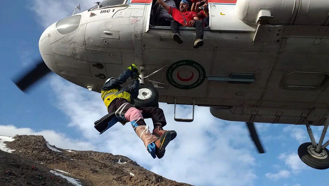 13990519000168 Test NewPhotoFree - هفته سخت برای امدادگران دماوند؛ از به کما رفتن یک کوهنورد تا دو بار پرواز هلی کوپتر+عکس