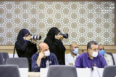 حضور خبرنگاران و عکاسان در نشست خبری  جشنواره سراسری ایران نوشت