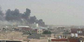 بمباران توپخانهای ائتلاف سعودی منجر به شهادت یک یمنی و مجروحیت 11 نفر دیگر شد