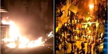 فیلم| درگیری خونین در شهر بنگلور هند در پی اهانت به ساحت مقدس پیامبر (ص)