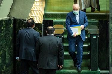 خروج محمد باقر قالیباف از صحن علنی مجلس