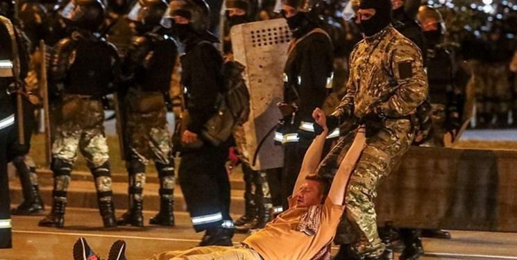 نگاهی به اعتراضات در بلاروس؛ یک کشته، دهها زخمی و 6 هزار بازداشتی