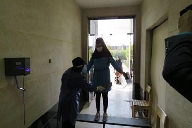 بررسی داوطلبان کنکور سراسری در دانشگاه سمنان