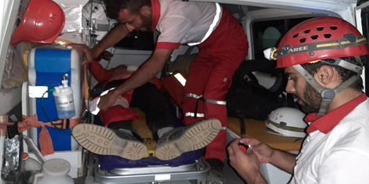نجات دو کوهنورد گرفتار در «تمندر»