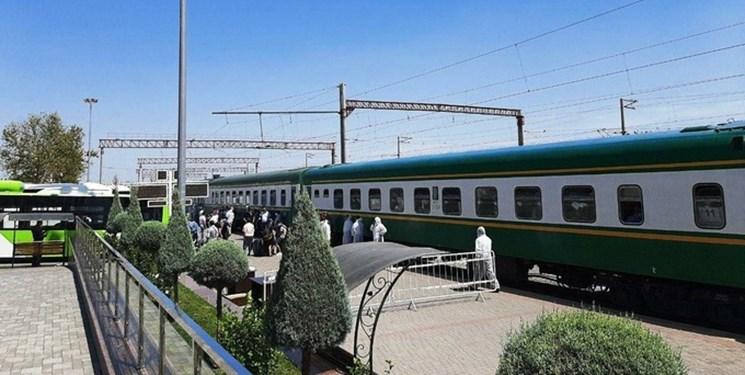 بازگشت بیش از 900 شهروند ازبک از روسیه