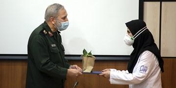 تجلیل از مدافعان سلامت توسط سردار یزدی