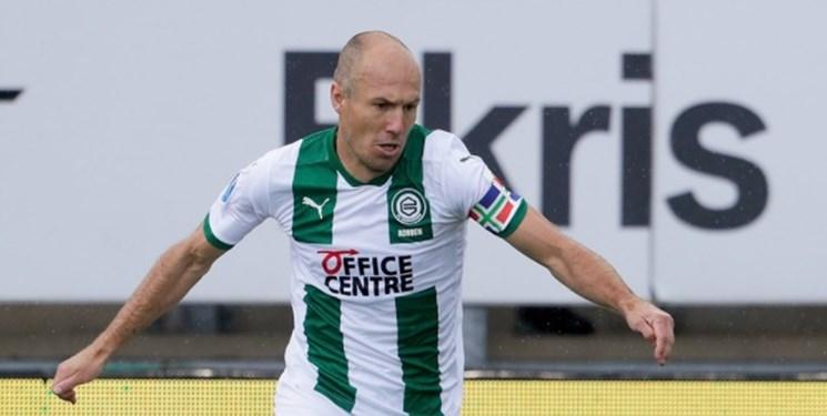 بازگشت روبن به فوتبال/ستاره هلندی پس از 18 سال برای خیرونینخن به میدان رفت