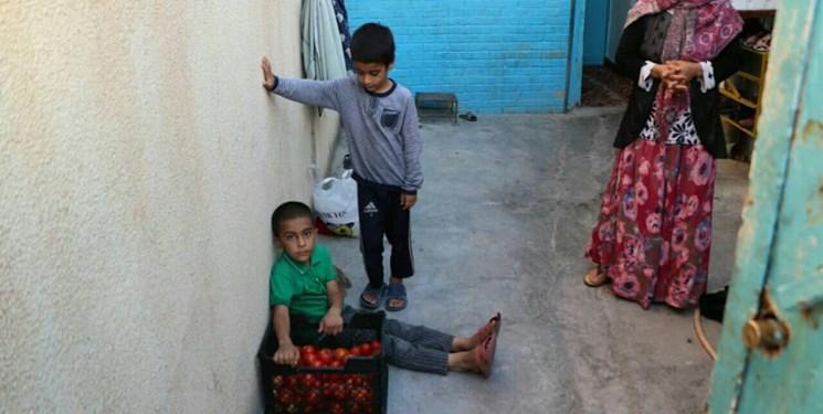 4 سکانس از نیاز مردم گچساران به کمکهای مومنانه/ بغض «تارا» در بام نفتی ایران