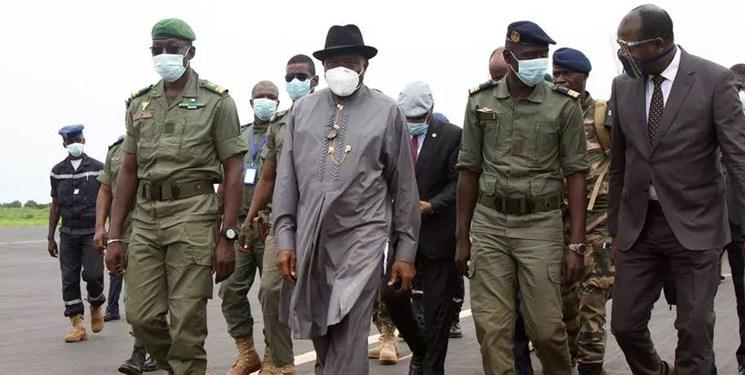 مالی پس از کودتا| دیدار هیات اعزامی آفریقایی با سران کودتا و رئیسجمهور مستعفی