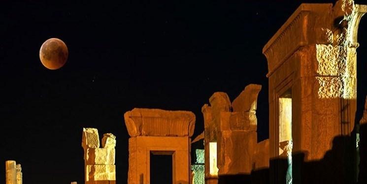 میراث جهانی تخت جمشید برای گردشگری شبانه نورپردازی میشود
