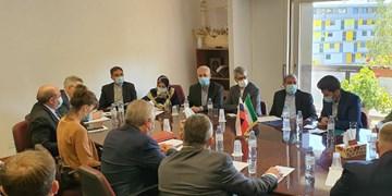 تاکید ایران و روسیه بر ضرورت مشورت بیشتر برای موفقیت کمیته قانون اساسی سوریه