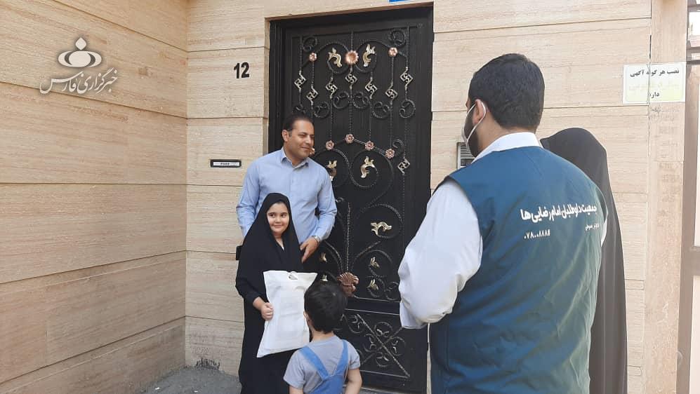 13990606000703 Test NewPhotoFree - «داوطلبان جهادی امام رضا(ع)» فرزندان پرستاران را غافلگیر کردند